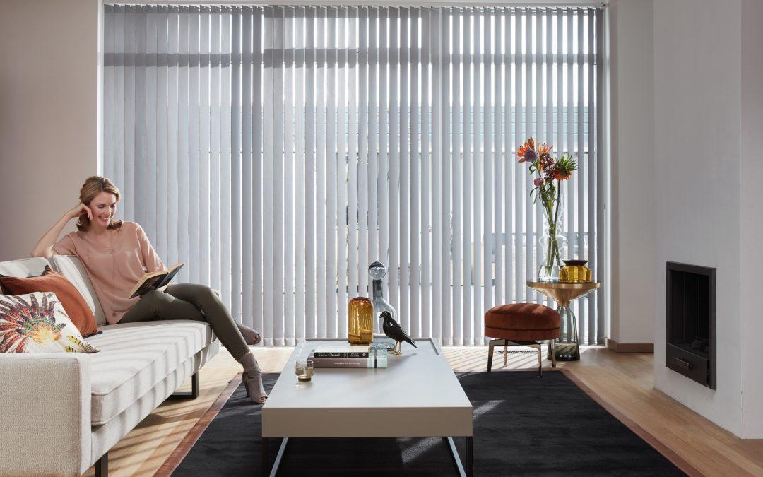 Nieuwe Luxaflex® Verticale Jaloezieën collectie ideaal voor grote ramen