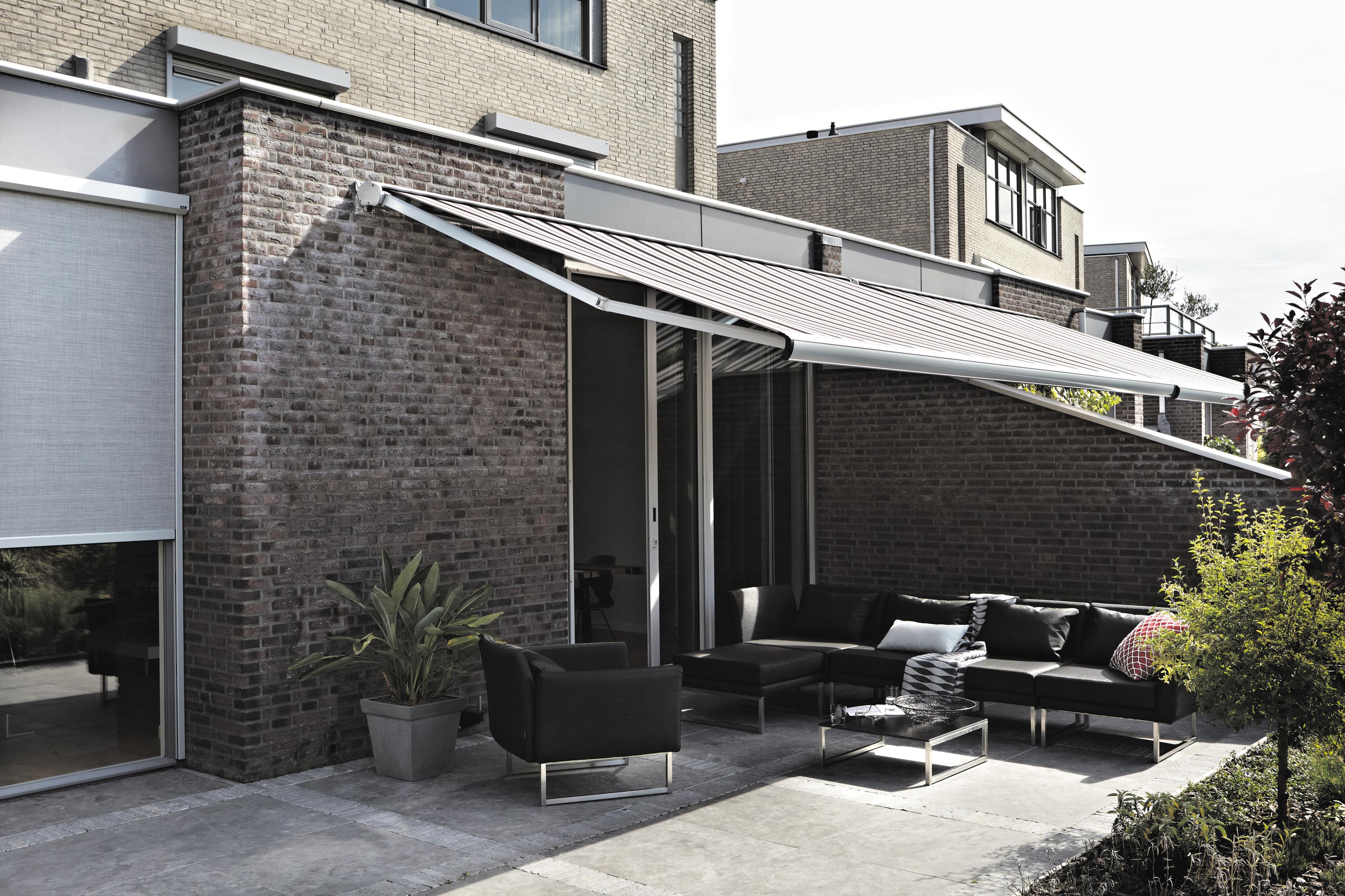 Luxaflex® Outdoor… gemak op de winkelvloer